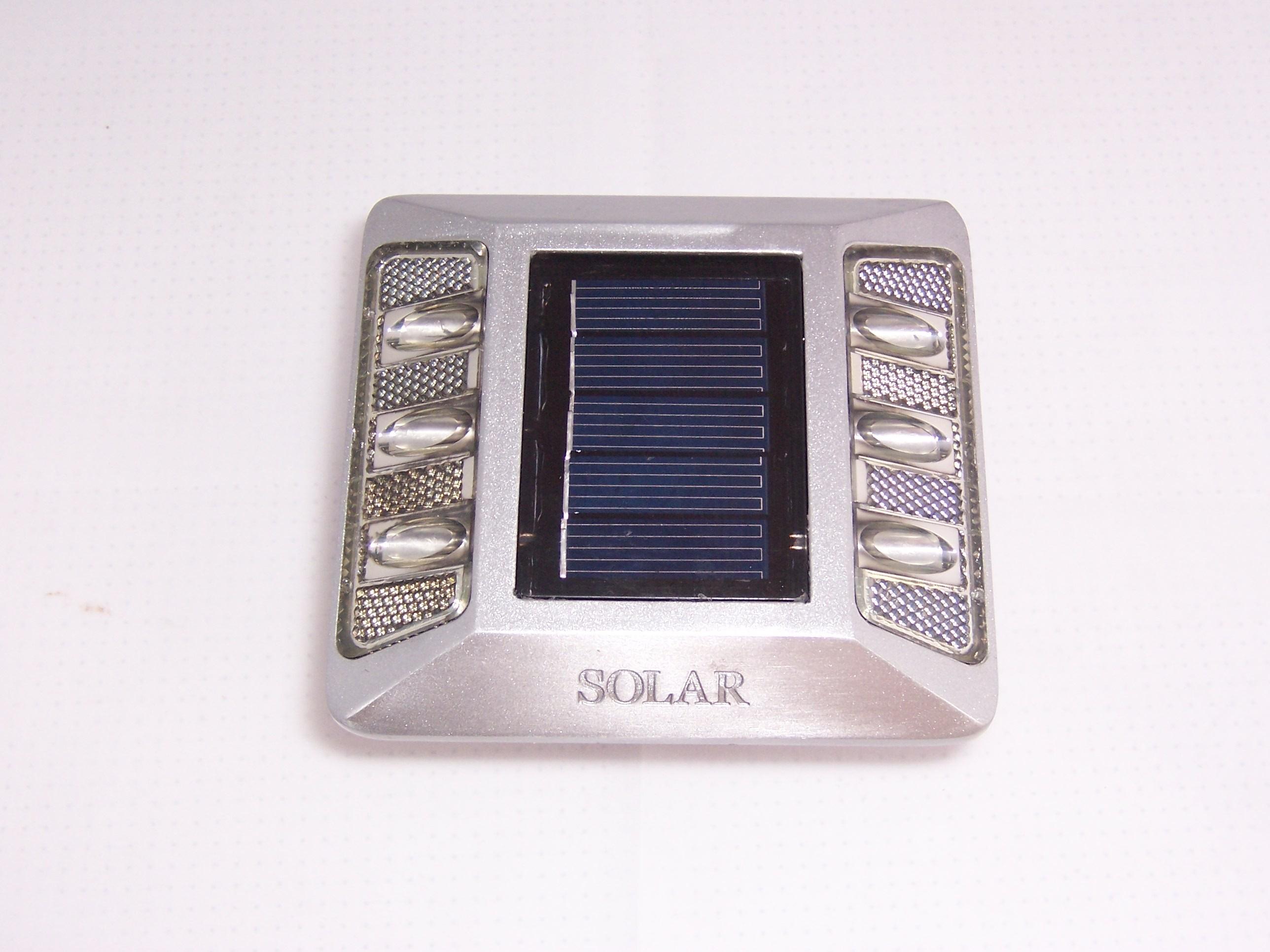 TQ-RS-A6  LED Solar Road Stub Light